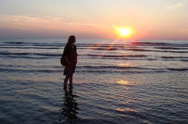 584ec09d162b4_sunset-671409_640
