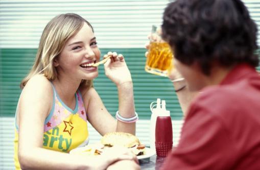 comida-chatarra-adolescentes-1